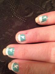 tiffany blue heart nail design