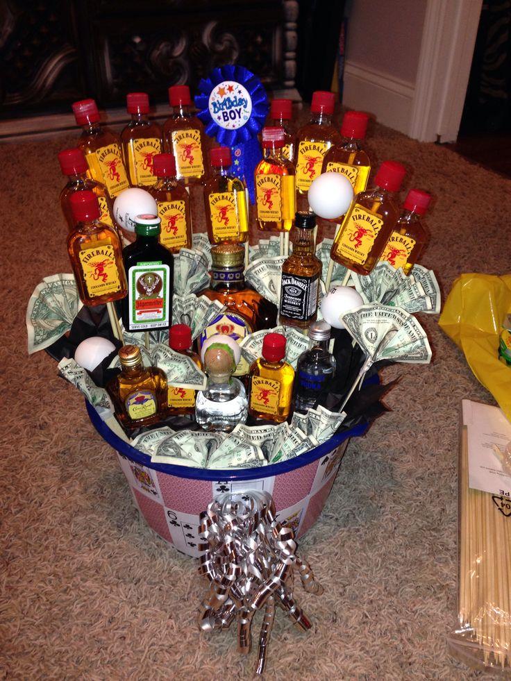 21st birthday basket for boyfriend great gift ideas