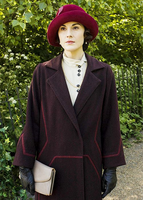 Downton Abbey 5 costumes   ..rh