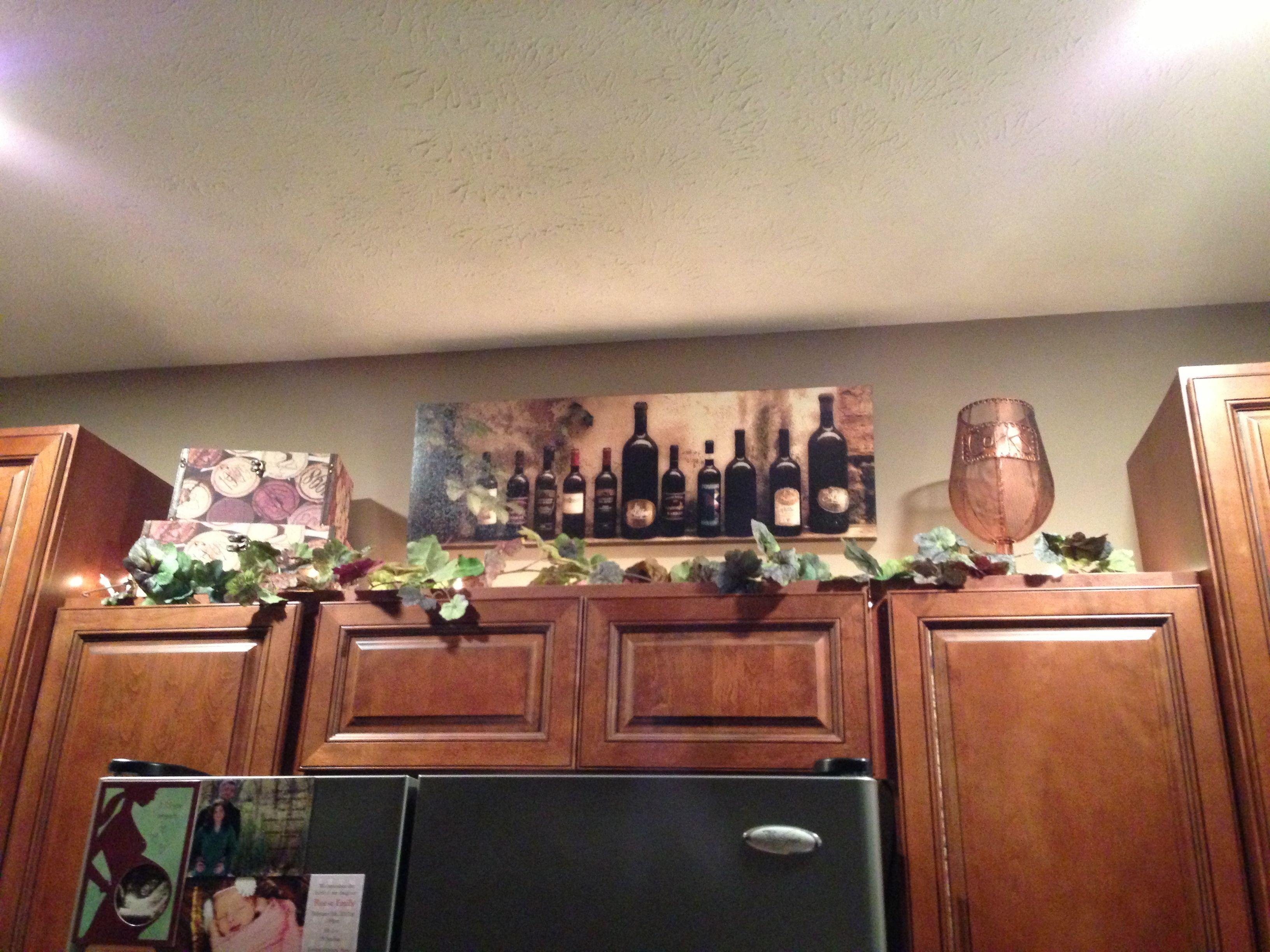 Wine kitchen cabinet decorations