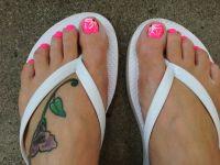Toe nail flower design.