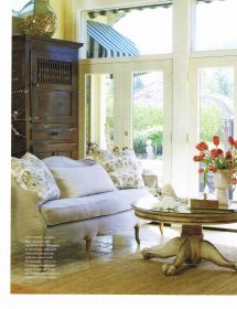 French Country Living Room. Home Decor