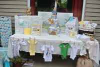 baby shower gift table | baby shower | Pinterest