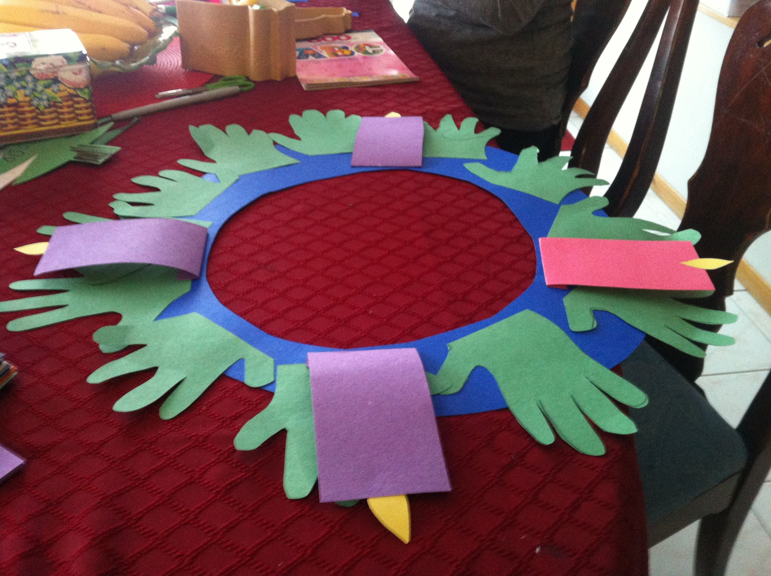 Advent Wreaths Advent And Construction Paper