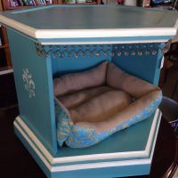 dog bed from a side table | Upcycle | Pinterest