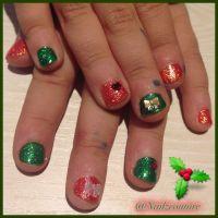 Kids christmas nails | My nail art all hand painted ...