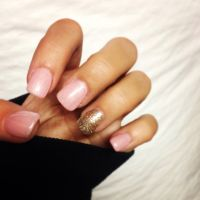 Light pink gel nails with gold sparkle | Make Up, Nails ...