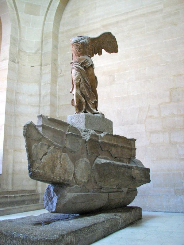 Winged Victory - Louvre Arte
