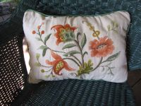 Crewel Pillow | Crewel, Embroidery & Needlepoint | Pinterest