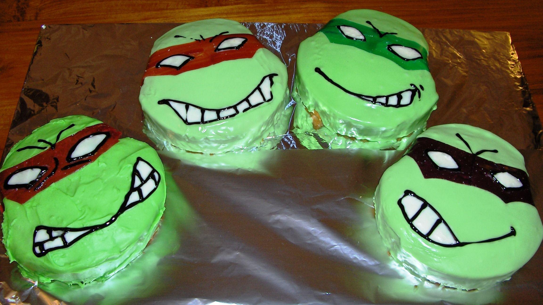 Teenage Mutant Ninja Turtle Cakes