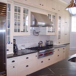 Cape Cod Kitchen Design For A Small Space Home Pinterest