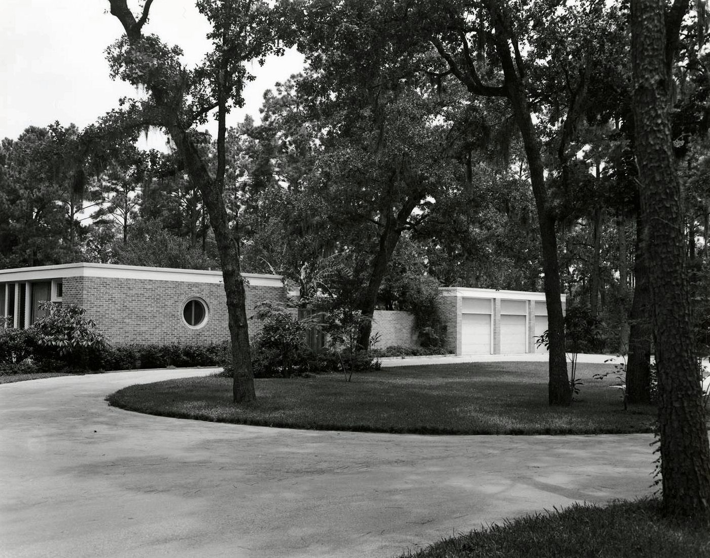 Neuhaus Residence - Houston, TX (1950)