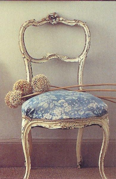 1000 ideas about Vintage Chairs on Pinterest  Modern