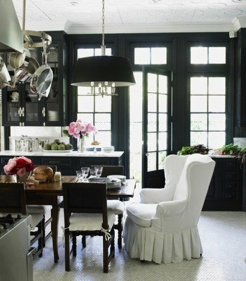 Classic Chic Home: Simply Stunning Black & White Interiors