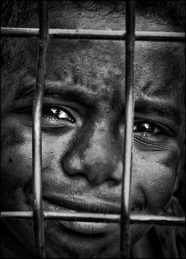 "Out of Africa Serie: Titolo, ""No Way Out"" dal fotografo Marc Apers, via 500px"