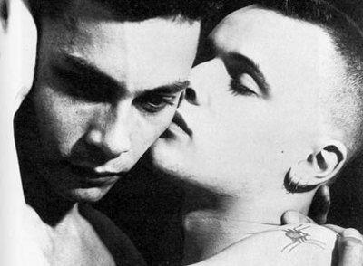 La versione integrale di Da qui all'eternità, capolavoro dell'amore omosessuale di James Jones