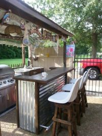 This outdoor bar furniture is an easy to build Patio Bar ...