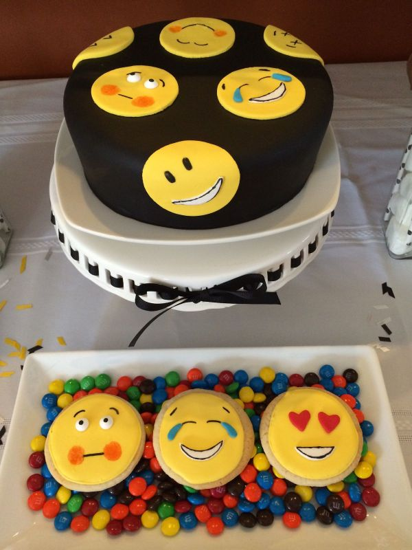20 Emoji Cakes Walmart Bakery Theme Pictures And Ideas On Meta Networks