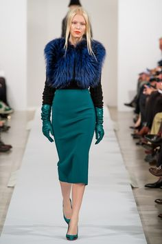 Teal skirt over the knee length Oscar de la Renta