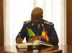 Delegación  Jornadas de trabajo entre la Guardia Civil y la Delegación de la Gendarmería Nacional de Senegal: http://wp.me/p2mEY0-2o3  @juliansafety