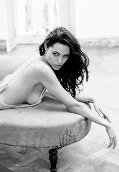 Angelina Jolie, the epitome of Sexy 카지노팰리스 www.WONG6.com