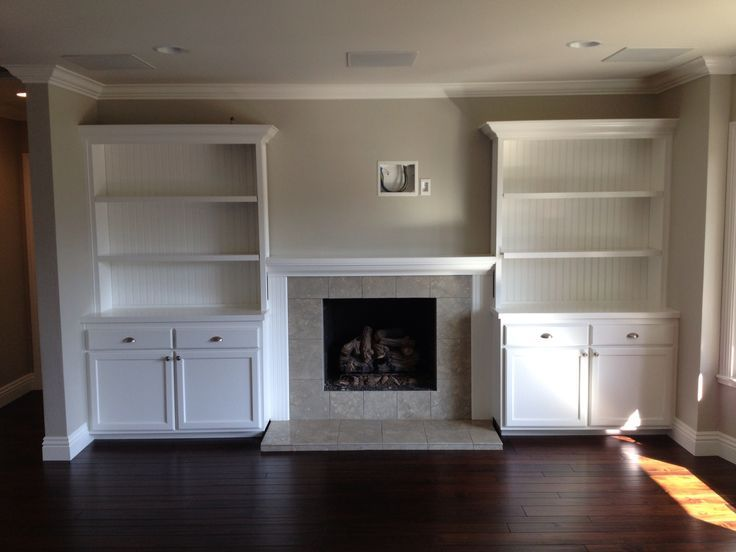 Built-in Shelves Around Fireplace