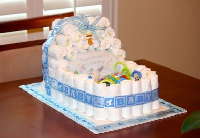 Instructions To Make A Diaper Cake