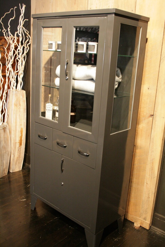Vintage Industrial Medical Cabinet, Columbus Ohio.....something like this in my bathroom would rock!
