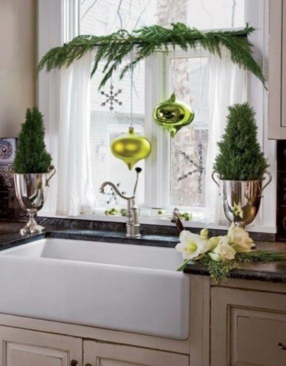 Elegant Christmas Window Dcor Ideas