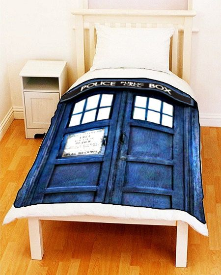 Doctor Who TARDIS Police Public Call Box Fleece Blanket