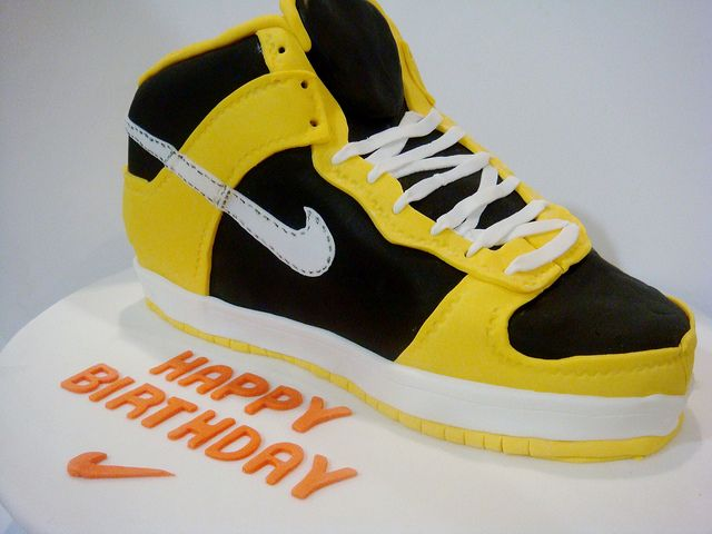 Running Shoe Happy Birthday Cake