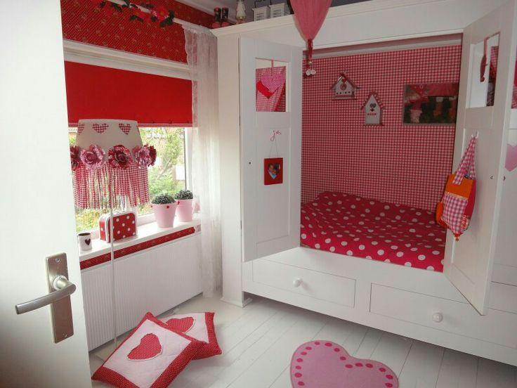 Rode meiden slaapkamer met wit en roze  Inspirerende