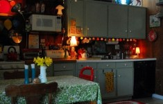 17 Really Beautiful Gypsy Kitchen That Abound With Charming Traditional Touch