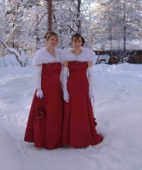 Winter red bridesmaid dresses!   Goin' to the Chapel ...
