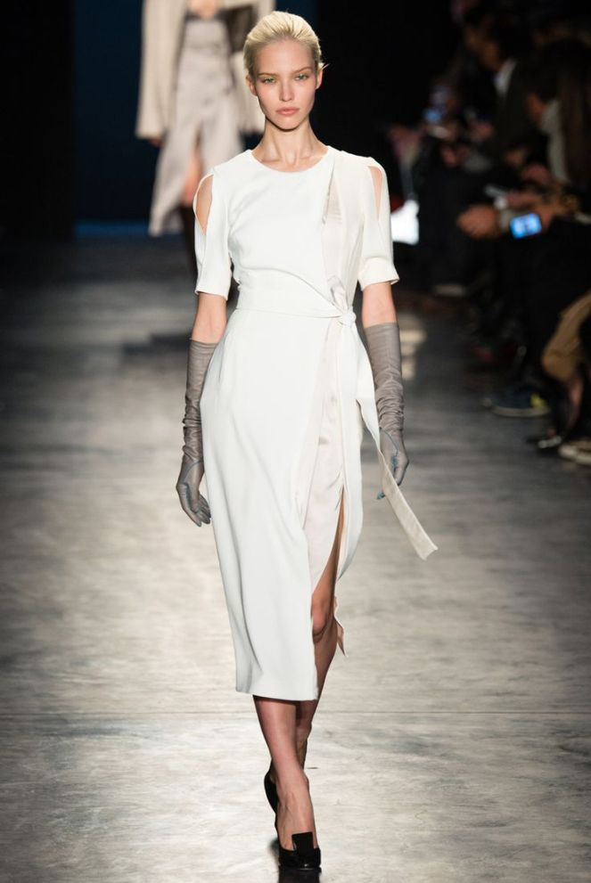 Altuzarra fall 2014 rtw all white dress, grey leather gloves, black heels