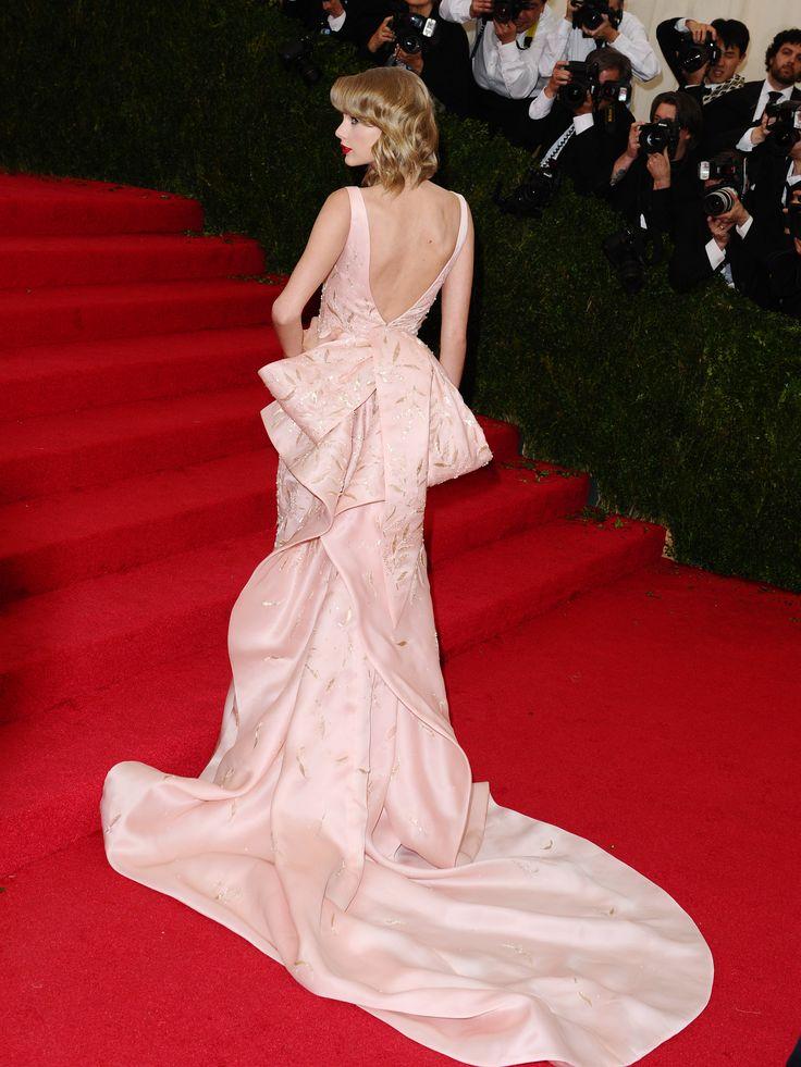 Taylor Swift in Oscar de la Renta :: Met Gala 2014