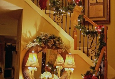 Decorating A Staircase For Christmas