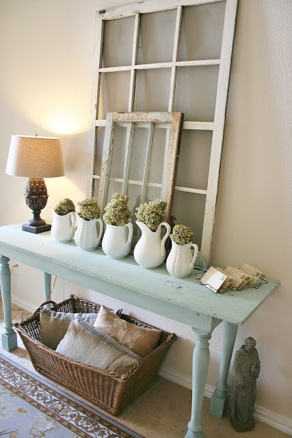 entry table - very cute!