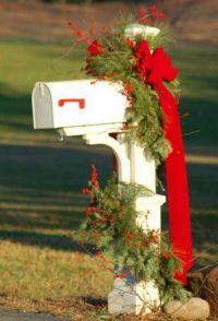 Christmas Mailbox Decoration | 'Tis The Season | Pinterest