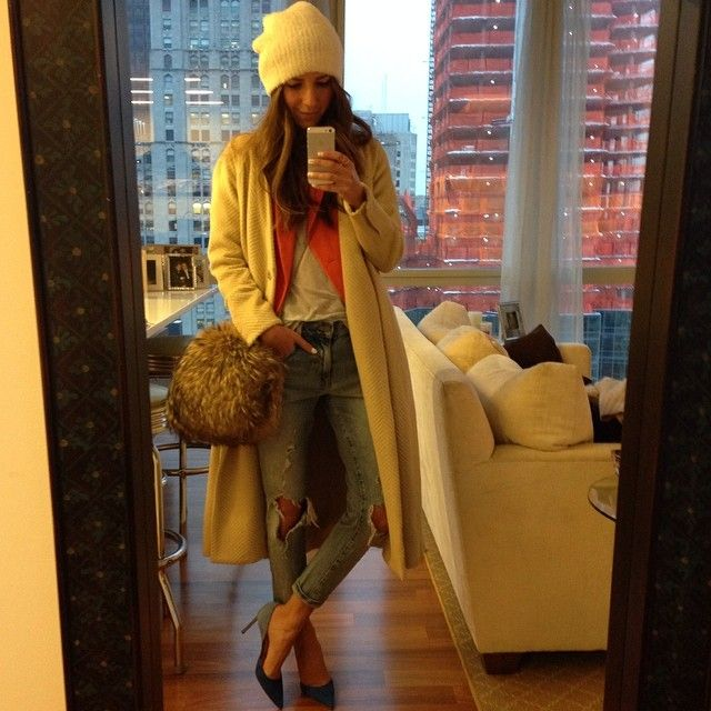 Arielle Nachmani - fashion blogger... she's so cute, i love her :) - http://www.somethingnavy.com/