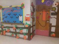 Fall Door decoration... Scarecrow...pumpkin patch ...