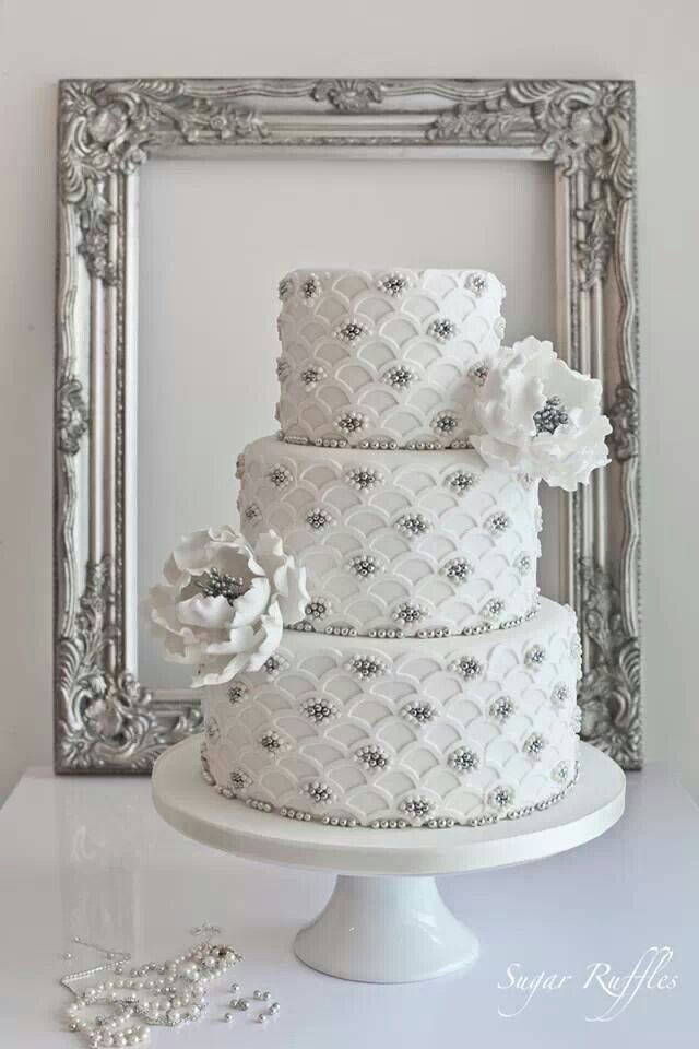 Brides Cake Red Accents