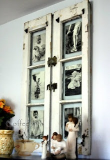 love, lolve, love this idea and I have some old window frames in my shed... hmmmmm would be great in my bare hallway???