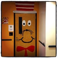 Cat In The Hat Easy Door Decoration Idea | classroom stuff ...