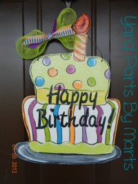 Happy BIRTHDAY Cake door hanger decoration