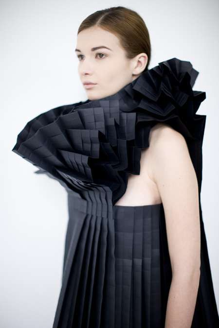 Intricate Paper Frocks - This 'Pratt + Paper & Ralph' Pucci Exhibit is Sure to Amaze (GALLERY)
