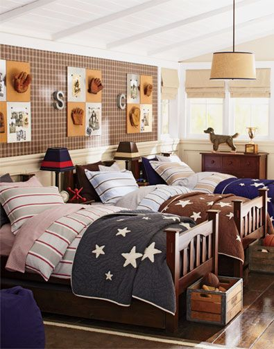 Shared Room boys. Omg! I would love this for my three boys!!