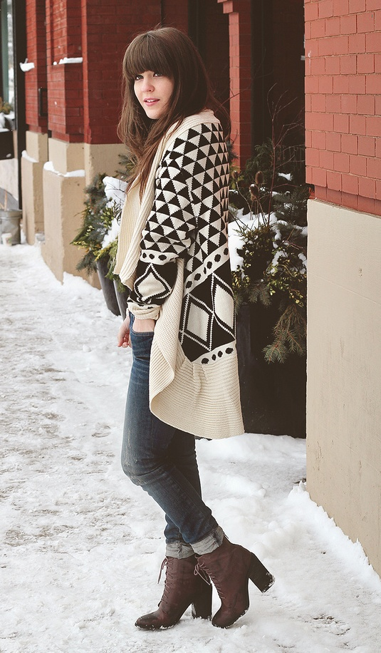 Oversized Tribal Print.