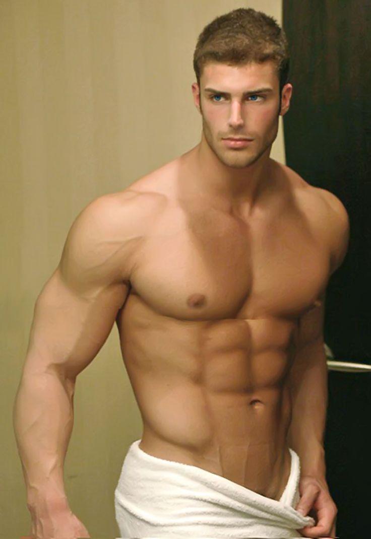La Fitness Showers