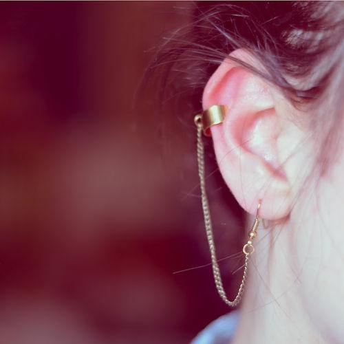 earcuff.